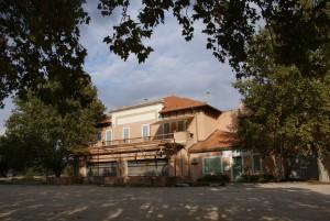 L'ancienne coopérative viticole de Velaux.