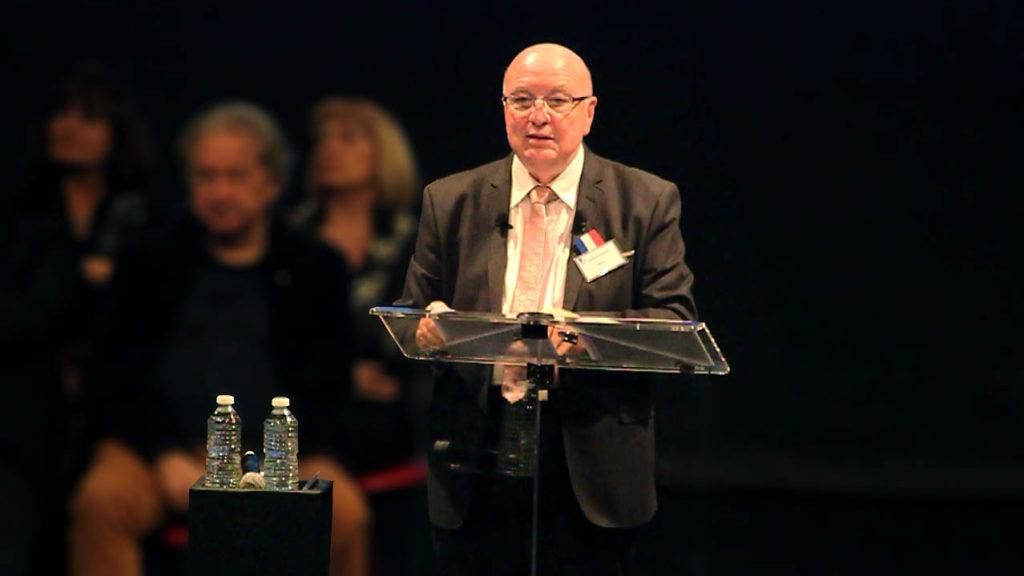 Mr Maggi, maire de Velaux, présentant ses voeux de l'année 2018
