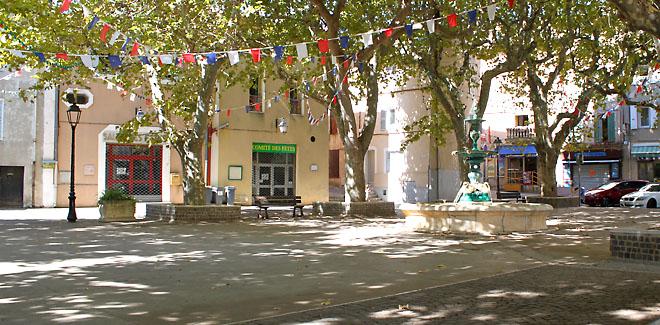Place Caire à Velaux