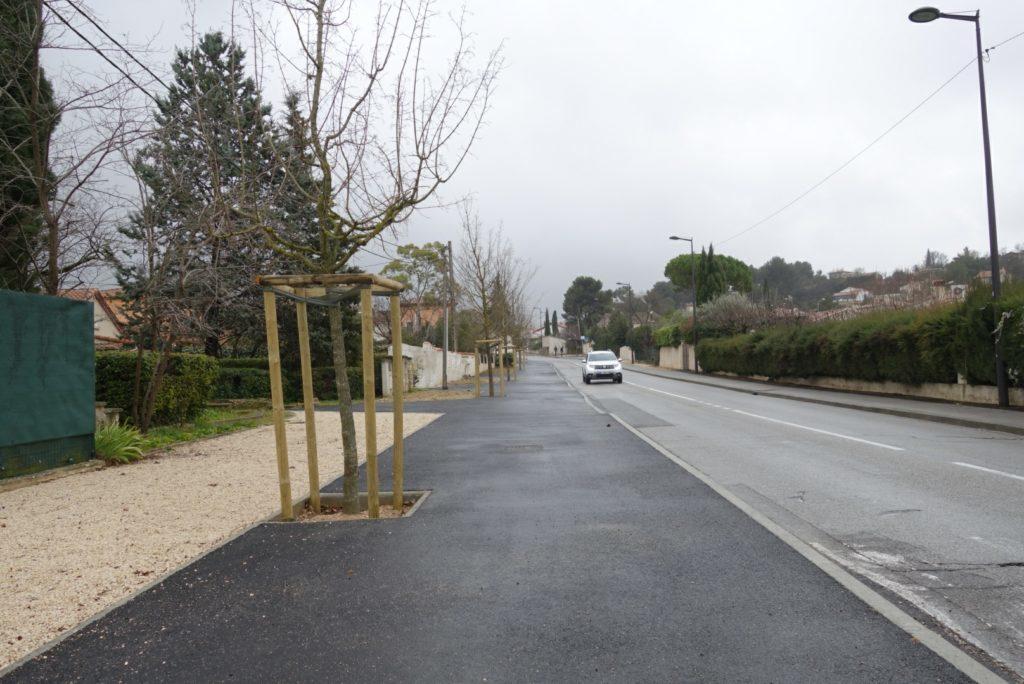 Trottoir piéton/vélo à Velaux